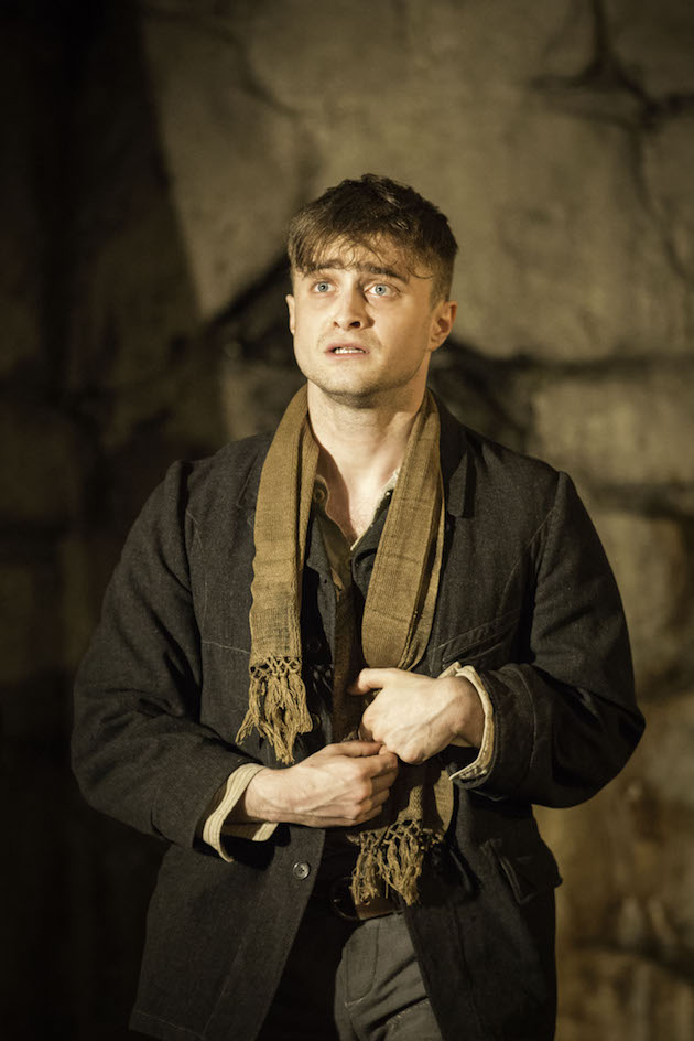 The Cripple Of Inishmaan Review Daniel Radcliffe Back On